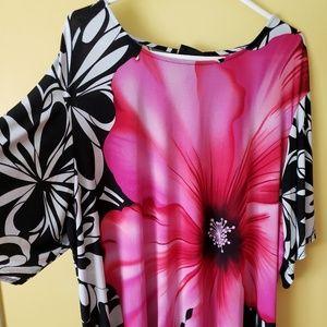 3x Maggie Barnes floral blouse